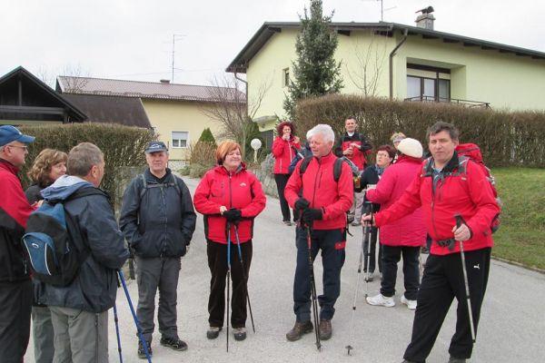 pohod-med-vinogradi-2015-0019B441EA3-930A-18A0-38A9-CEE3961115BD.jpg