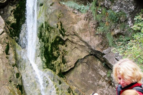 slapovi-borovinisnica-soteska-pekel-2016-0106FBB1277-71EC-0BC3-0E1D-BE7B809481B8.jpg